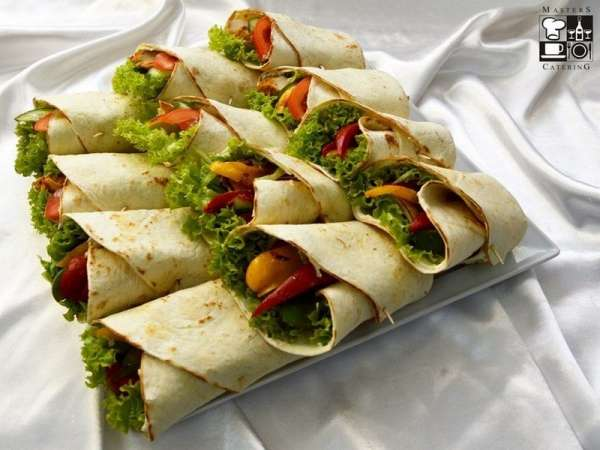 Tortilla z kurczakiem i z grillowanymi warzywami